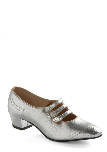 Vintage Reserve Amy Heel - Silver, Solid, Buttons