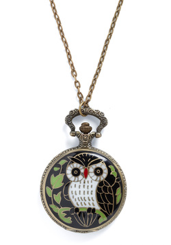 Keep an Owl on the Time Necklace