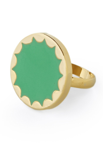 Exclaim to Fame Ring - Green, Gold, Solid, Scallops