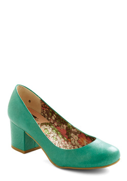 Cheerful in Aqua Heel