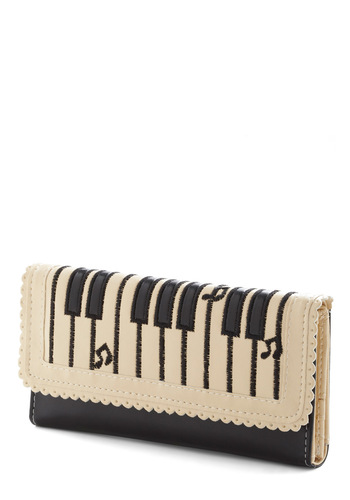 Key Change Wallet - White, Black, Embroidery, Scallops, Faux Leather