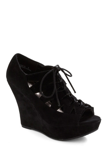 Dramatic Flair Wedge - Black, Solid, Cutout, Party, Wedge