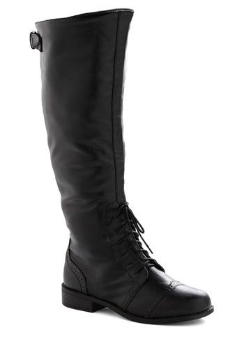 Chocolate Run Boot in Black