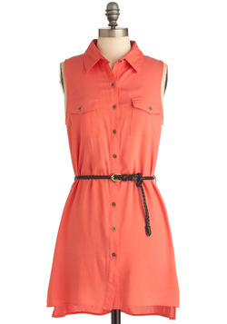 Weekend Vacation Dress in Coral