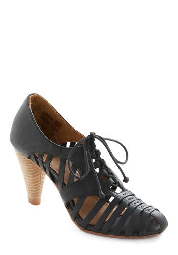 Do a Jig Heel - Black, Brown, Solid, Cutout