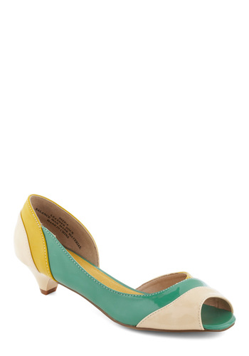 Outfit Accent Heel - Yellow, White, Green, 80s