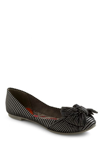 Mysteriously Stylish Footsteps Flat - Stripes, Bows, Black, Silver, Flat
