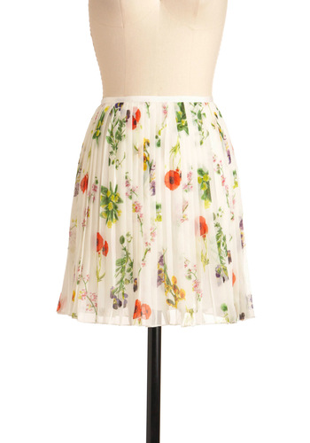 Artist's Specimen Skirt by BB Dakota - Short, Multi, Floral, Pleats, Casual, White, Spring