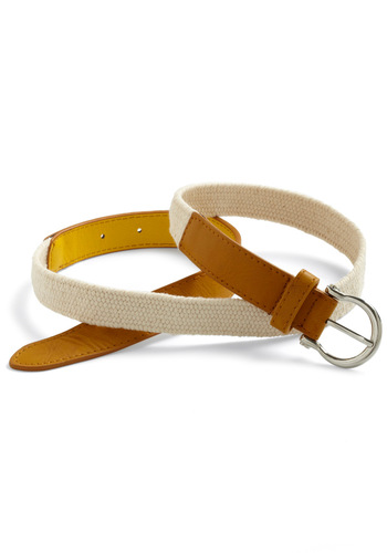 Flat Hunting Belt in Yellow - Yellow, Tan / Cream, Casual