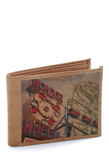 Spend the Weekend Wallet in Coney Island - Multi, Novelty Print, Tan / Cream