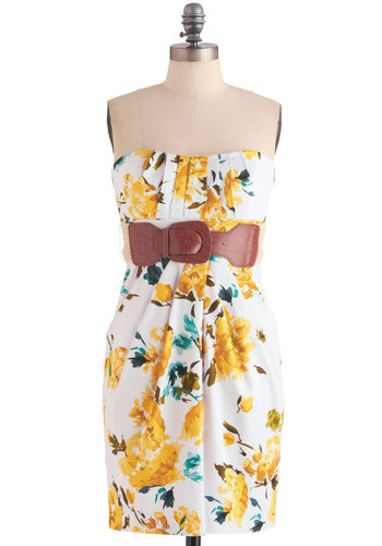 Garden Graduation Dress - Yellow, Green, Floral, Pleats, Pockets, Casual, Mini, Strapless, Summer, White, Sheath / Shift, Mid-length