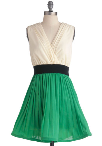 Chic Off the Old Block Dress - Short, Green, Tan / Cream, Black, Pleats, Party, A-line, Sleeveless