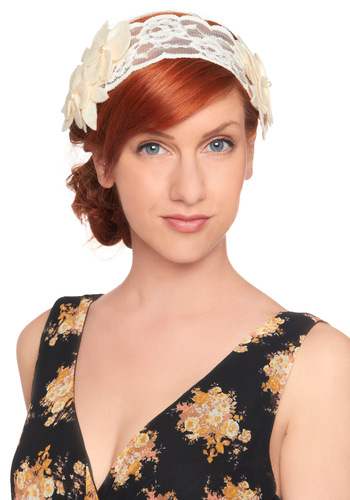 Glamour in the Garden Headband - Wedding, Vintage Inspired, Cream, Flower, Lace, Spring