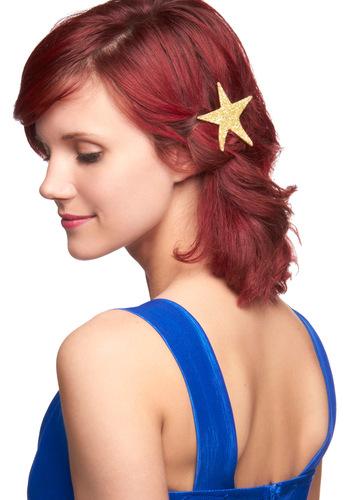 Deserve a Gold Star Hair Pin