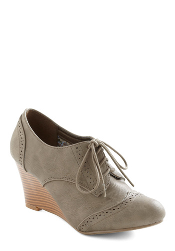 On the Wingtip Wedge - Tan, Solid, Menswear Inspired, Mid, Wedge, Lace Up, Work, Faux Leather, Variation