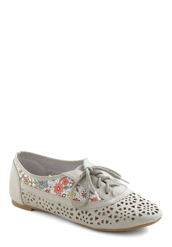 Lunch Arrangement Flat - Grey, Multi, Floral, Cutout, Flat, Lace Up
