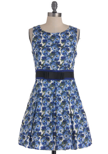 Flower-Filled View Dress - Short, Blue, White, Floral, Bows, Cutout, Pleats, Sleeveless, A-line, Spring, Cotton, Daytime Party, Fit & Flare