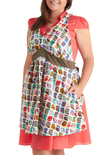 Can't Stand the Hoot Apron in Plus - Multi, Owls, Quirky, Multi, Print with Animals, Pockets, Mid-Century