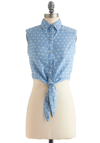 Bow Me a Kiss Top - Short, Blue, White, Buttons, Sleeveless, Casual, Summer, 90s, Pastel, Cotton, Button Down, Collared, Cropped