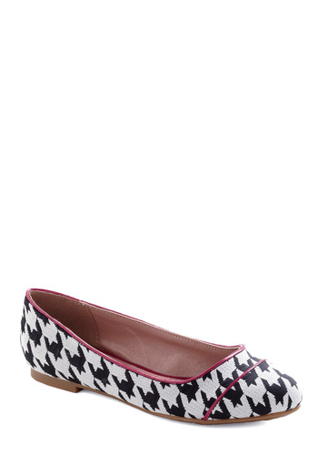 Professional Pointers Flat - Black, White, Houndstooth, Flat