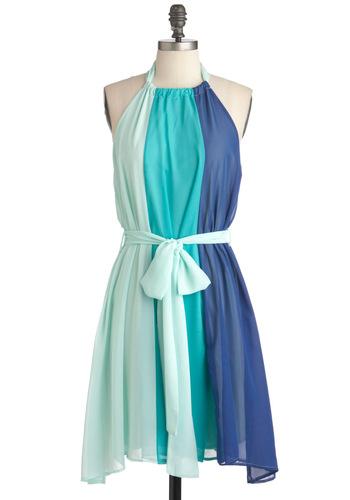 احلى الفساتين بتشكيل ناعمة وغيييييييييييير للانيقات 43bffc6429761f41e36b