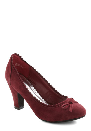 Surprise Celebration Heel in Wine - Red, Solid, Bows, Scallops, Mid, Work, 50s, Fall, Holiday Party