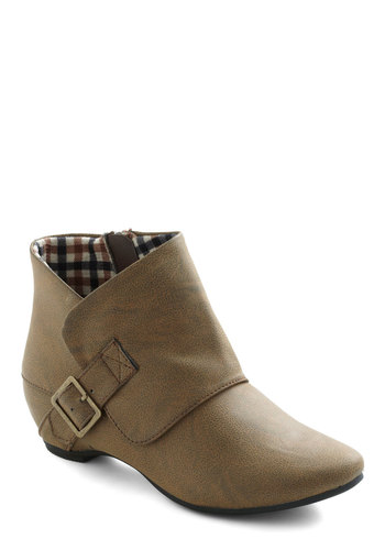 Go Umber Cover Boot - Tan, Solid, Buckles, Casual, Menswear Inspired, Fall, Winter, Rustic