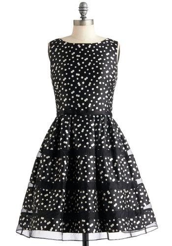 Rose Bubbly Dress in Noir