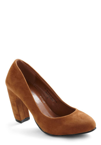 The Curvy Heel - Brown, Solid, Work, Mid