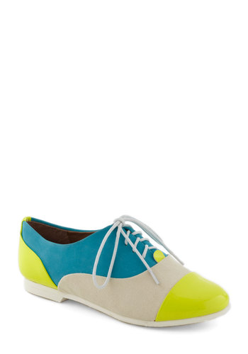 The Amazing Gracie Flat by Steve Madden - Flat, Lace Up, Colorblocking, Multi, Yellow, Blue, White, Casual, Menswear Inspired, Spring, Leather