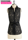 BTB S/L BELTED LACE BUTTON-DWN in Black