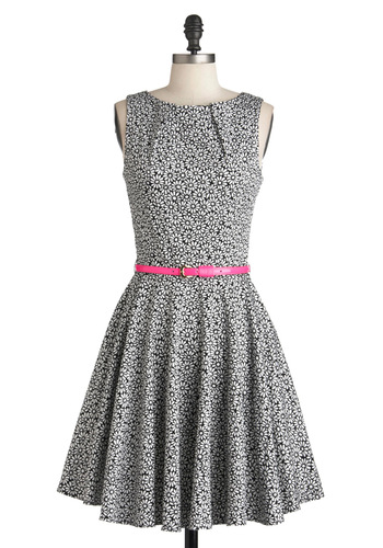 Luck Be a Lady Dress in Daisy - Multi, Black, White, Floral, Pockets, Party, Belted, Fit & Flare, Sleeveless, Cocktail, Cotton, Mid-length