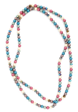 Bright and Pearly Necklace