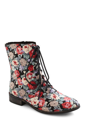 Garden Gait Boot - Multi, Red, Green, Tan / Cream, Black, Floral, Casual, Vintage Inspired, 90s, Lace Up, Low