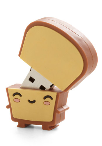 Crust Be Dreaming USB Drive - Brown, Quirky