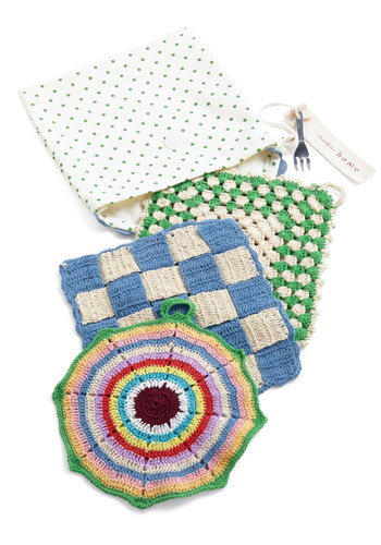 On a Casserole Trivet Set - Multi, Vintage Inspired, Print, Knitted