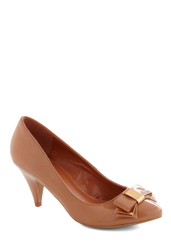 Tip Taupe Style Heel - Tan, Solid, Bows, Mid, Party, Work, 50s, Faux Leather, Tis the Season Sale