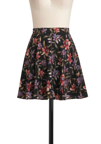 Crocus of Dawn Skirt - Black, Red, Green, Tan / Cream, Floral, A-line, Short, Casual, Spring, Tis the Season Sale