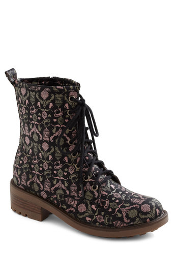 Fanciful Footwork Boot - Print, Casual, French / Victorian, Steampunk, Fall, Lace Up, Mid