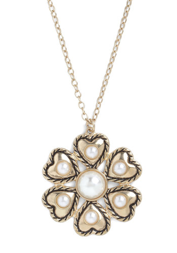 Six of Hearts Necklace - Gold, Party, Luxe