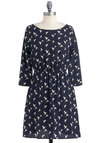 Refined Feather Dress - Short, Blue, White, Print with Animals, Pockets, Casual, A-line, Backless, 3/4 Sleeve