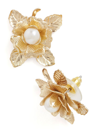 Pearl in Bloom Earrings - Gold, Flower, Pearls, Wedding, Party, Vintage Inspired, Daytime Party, Graduation, 50s, Mid-Century, Gold