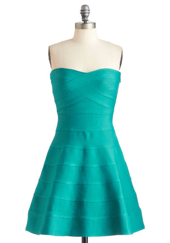 Atmosphere of Influence Dress - Solid, Party, Bodycon / Bandage, Strapless, Mid-length, Fit & Flare, Cocktail, Green, Sweetheart