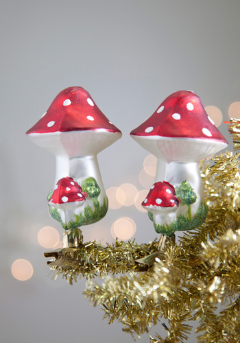 Spore Welcome Ornament Set - White, Mod, Red, Holiday, Mushrooms