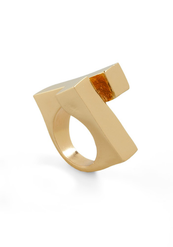Twist and That Ring - Gold, Solid, Urban