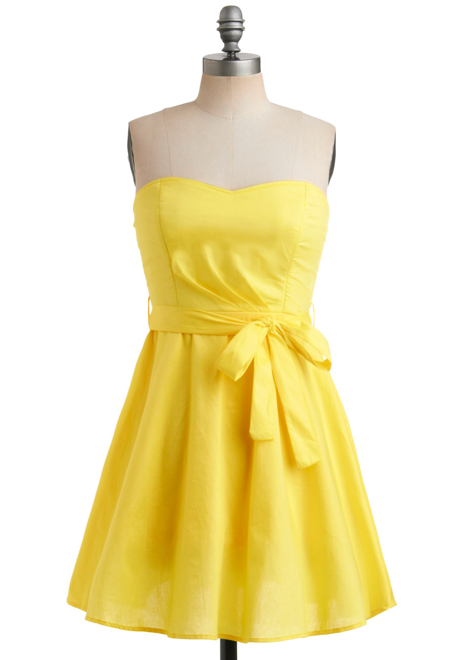 Yellow Dress Tamunsa Delen