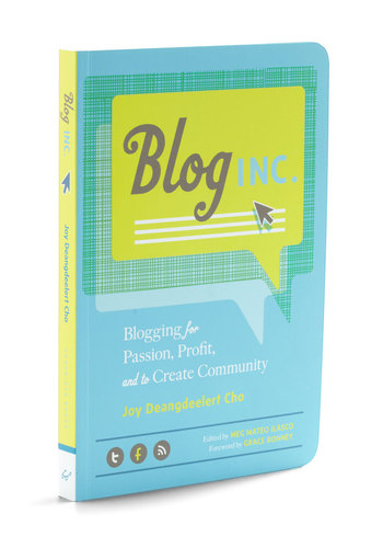 Blog Inc. by Chronicle Books - Multi, Scholastic/Collegiate