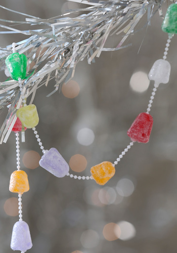 Gum-Dropping Hints Garland - Multi, Vintage Inspired, Holiday