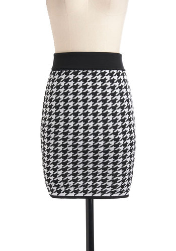 Lessons in London Skirt - White, Houndstooth, Pencil, Mid-length, Black, Bodycon / Bandage
