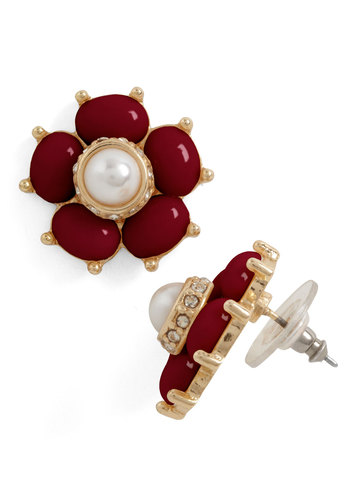 Pearl After My Own Heart Earrings in Berry - Flower, Pearls, Red, Gold, Holiday Party, Tis the Season Sale